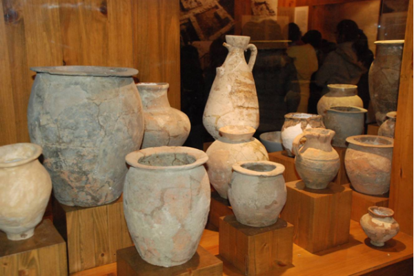 f12-urnas-en-vitrina524C3E4A-8881-977E-4329-2AD5E0240158.png