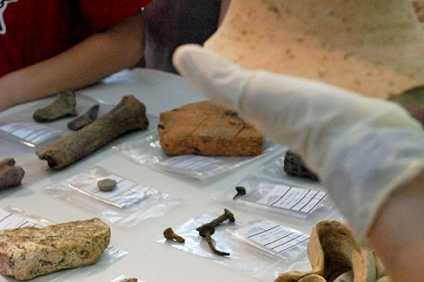 arkeolab-06112206AC-41D3-4050-3FB2-1ACB8E6541CB.jpg
